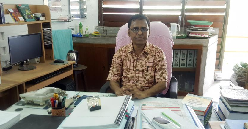 <small>কৃবি অধ্যাপক ডঃবা মোঃ আবুল মনসুর এর</small> ভারতের 'জাতীয় শিক্ষা পুরস্কার'এবং 'বিশ্ব শিক্ষা পুরষ্কার' লাভ।